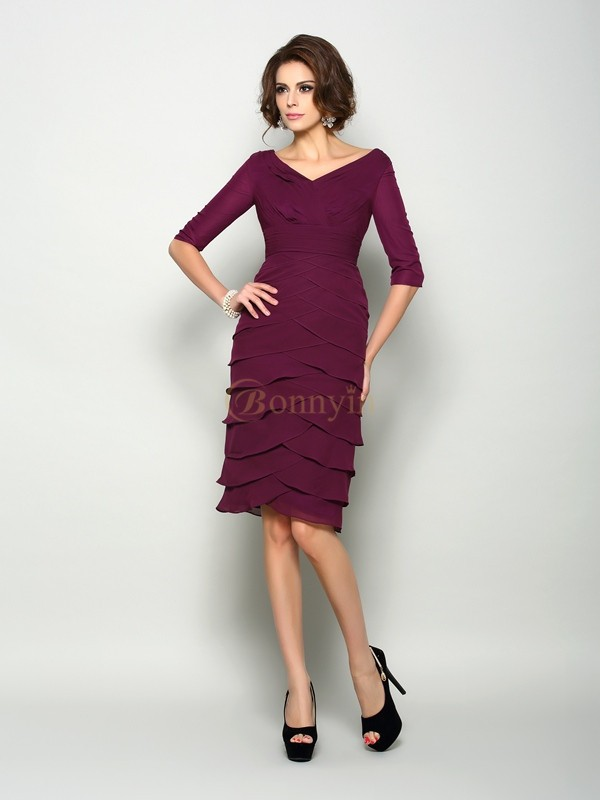 Burgundy Chiffon V-neck Sheath/Column Knee-Length Mother of the Bride Dresses