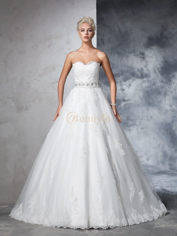 Ivory Net Sweetheart Ball Gown Chapel Train Wedding Dresses