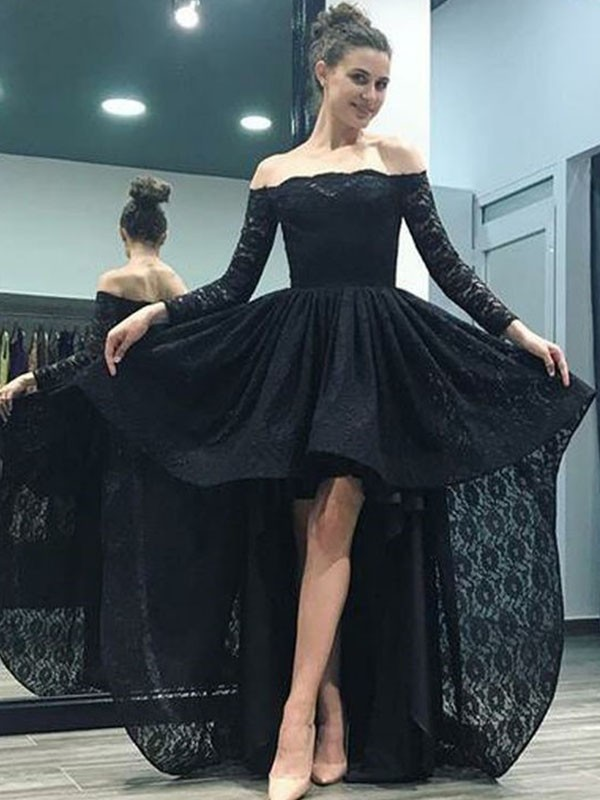 Black Lace Off-the-Shoulder A-Line/Princess Sweep/Brush Train Dresses