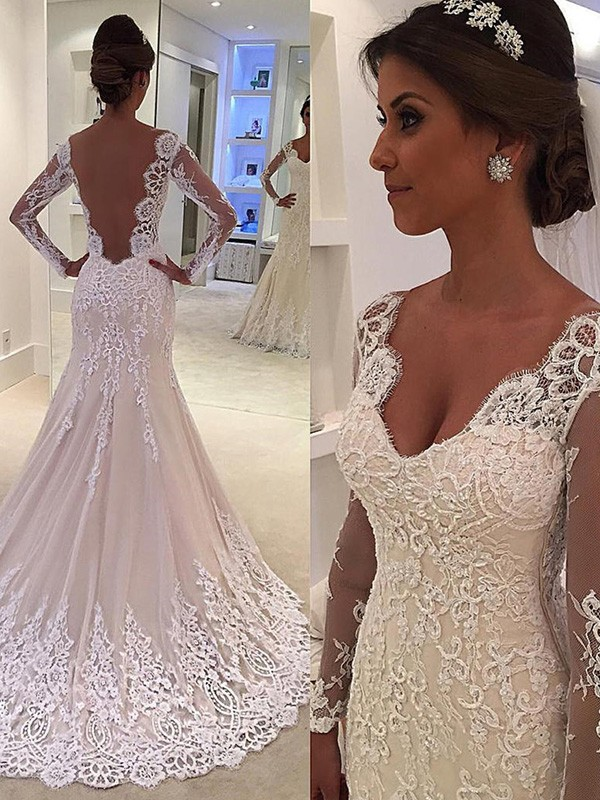 White Lace V-neck Trumpet/Mermaid Court Train Wedding Dresses