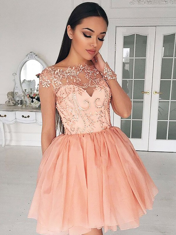 Pink Chiffon Bateau A-line/Princess Short/Mini Homecoming Dresses