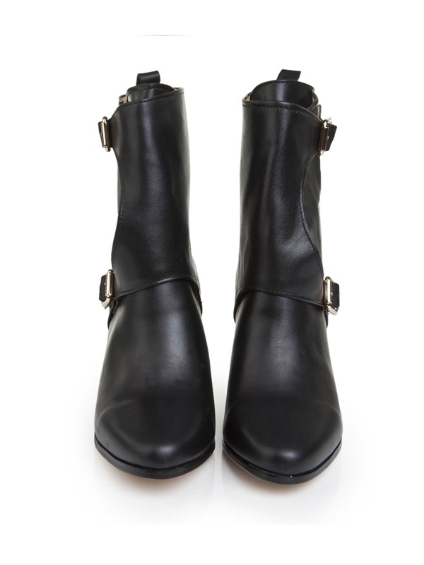 Bonnyin Black Cattlehide Leather Pointed Toe Boots