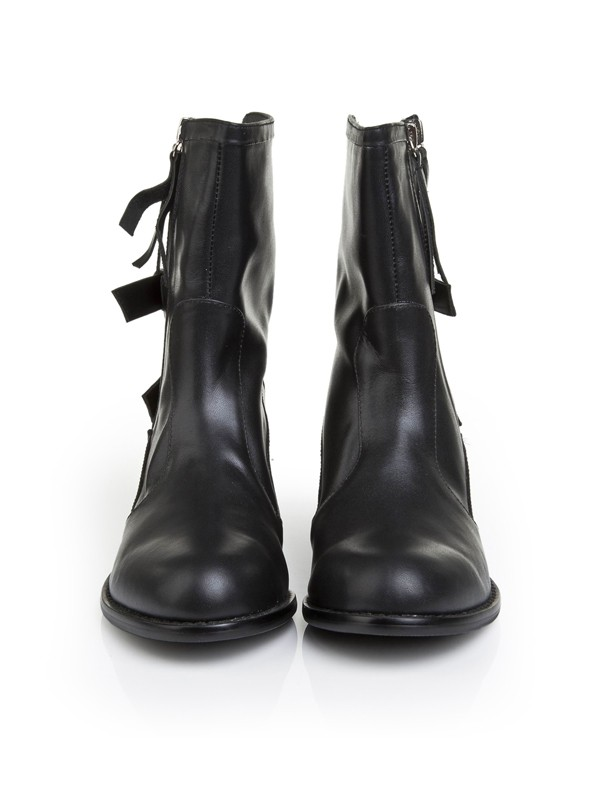 Bonnyin Black Cattlehide Leather Flats Boots