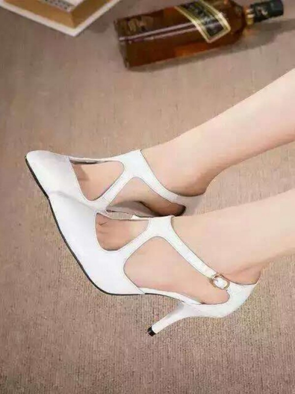 Bonnyin White Patent Leather Pointed Toe Sandals