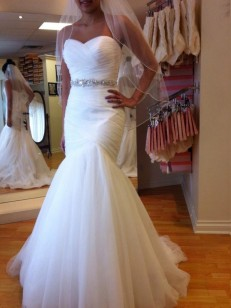 White Tulle Sweetheart Trumpet/Mermaid Court Train Wedding Dresses