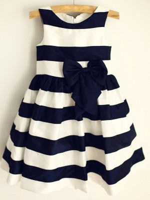 Dark Navy Satin Scoop A-Line/Princess Knee-Length Flower Girl Dresses