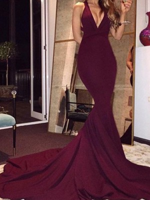 Burgundy Spandex V-Neck Trumpet/Mermaid Court Train Prom Dresses