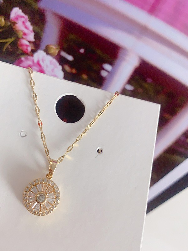 Occident Pretty Titanium With Crystal Hot Sale Necklaces