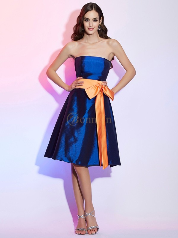 Royal Blue Taffeta Strapless A-Line/Princess Knee-Length Bridesmaid Dresses