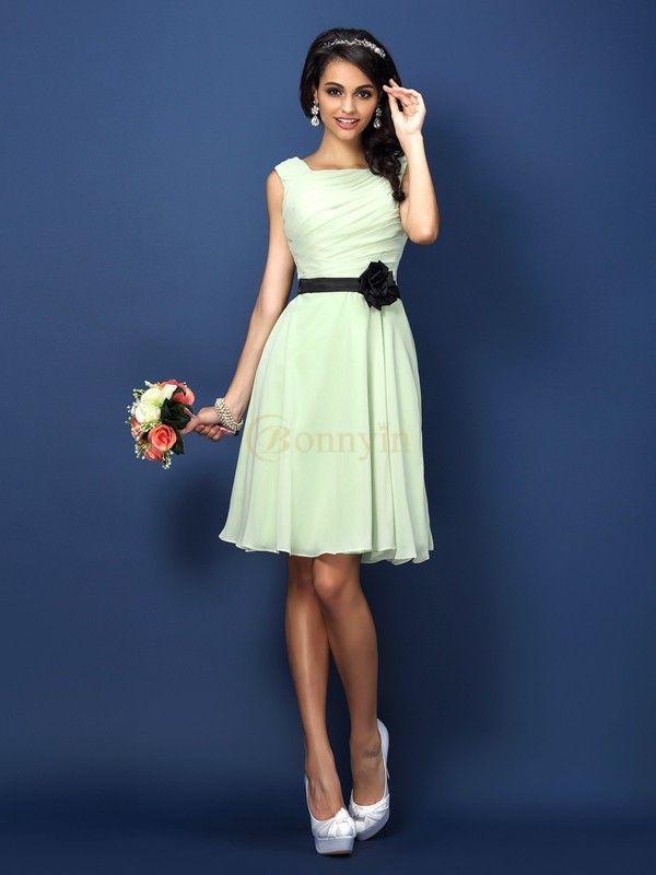 Sage Chiffon Bateau A-Line/Princess Short/Mini Bridesmaid Dresses