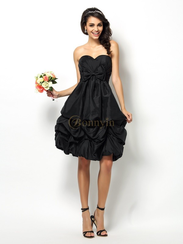 Black Taffeta Sweetheart A-Line/Princess Knee-Length Bridesmaid Dresses