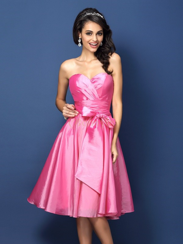 Fuchsia Taffeta Sweetheart A-Line/Princess Knee-Length Bridesmaid Dresses