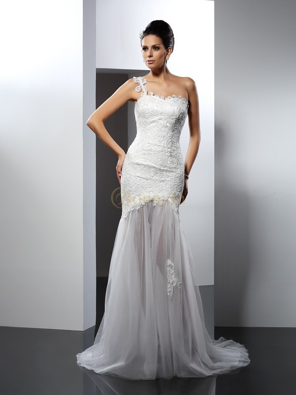 White Lace One-Shoulder Trumpet/Mermaid Chapel Train Wedding Dresses