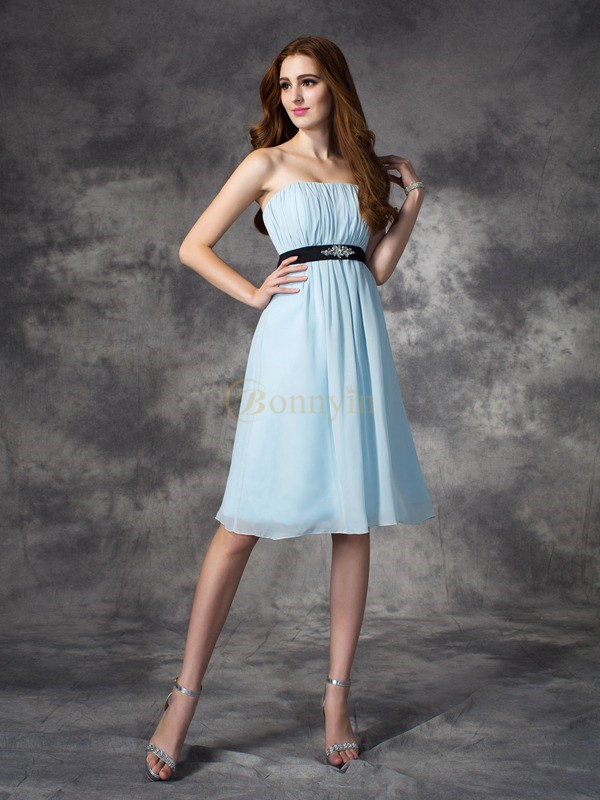 Light Sky Blue Chiffon Strapless A-line/Princess Knee-Length Bridesmaid Dresses