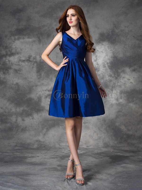 Dark Navy Taffeta V-neck A-line/Princess Short/Mini Bridesmaid Dresses