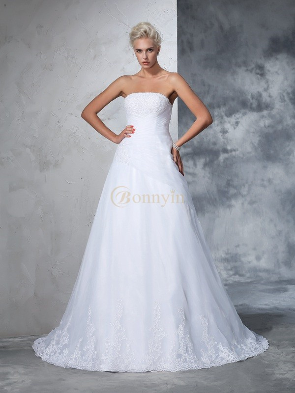 White Net Strapless Ball Gown Court Train Wedding Dresses