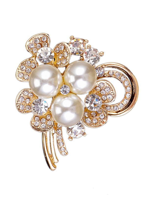 Chic Alloy With Rhinestone/Imitation Pearl Ladies Brooch
