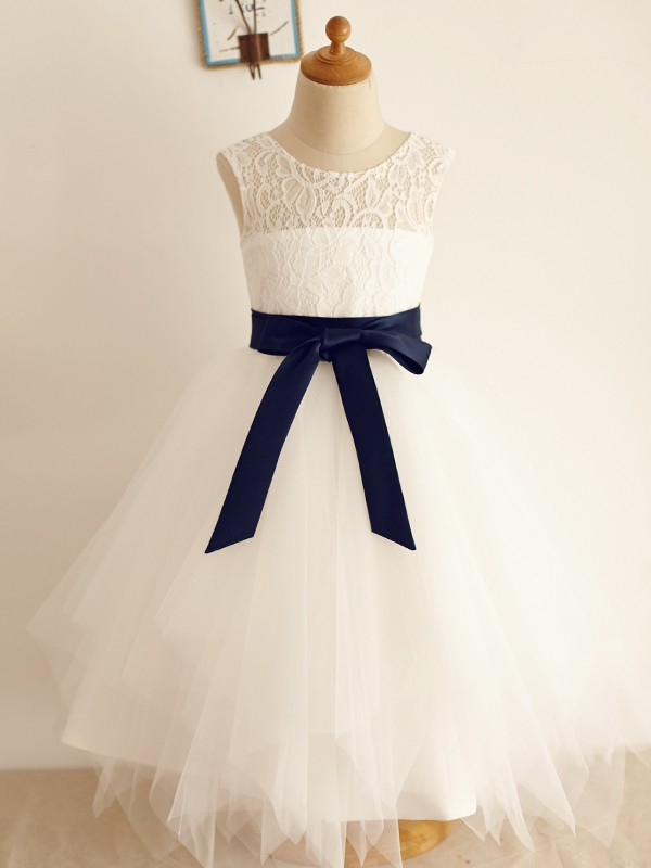 Ivory Tulle Scoop A-Line/Princess Tea-Length Flower Girl Dresses