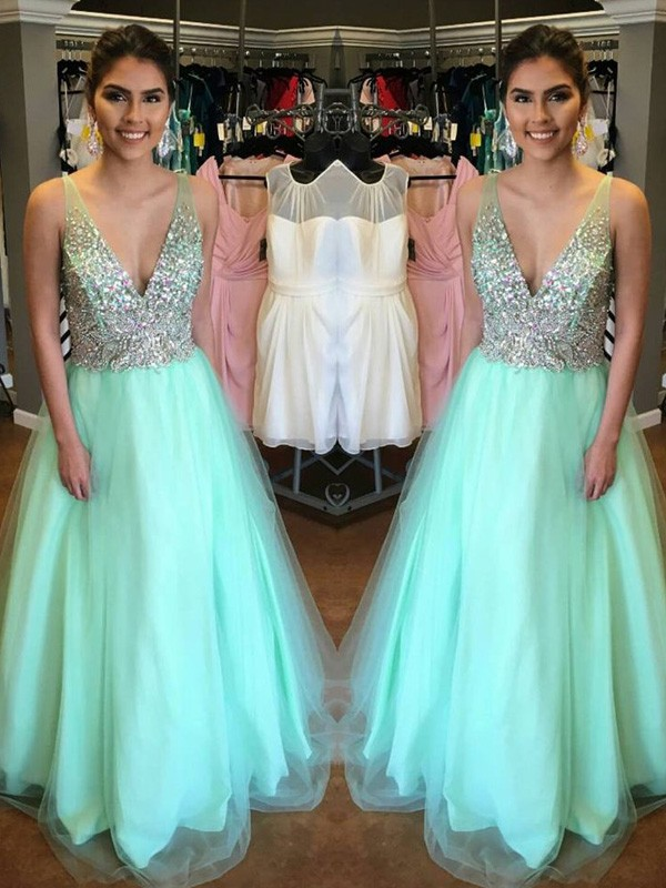 Green Tulle V-Neck A-Line/Princess Floor-Length Prom Dresses