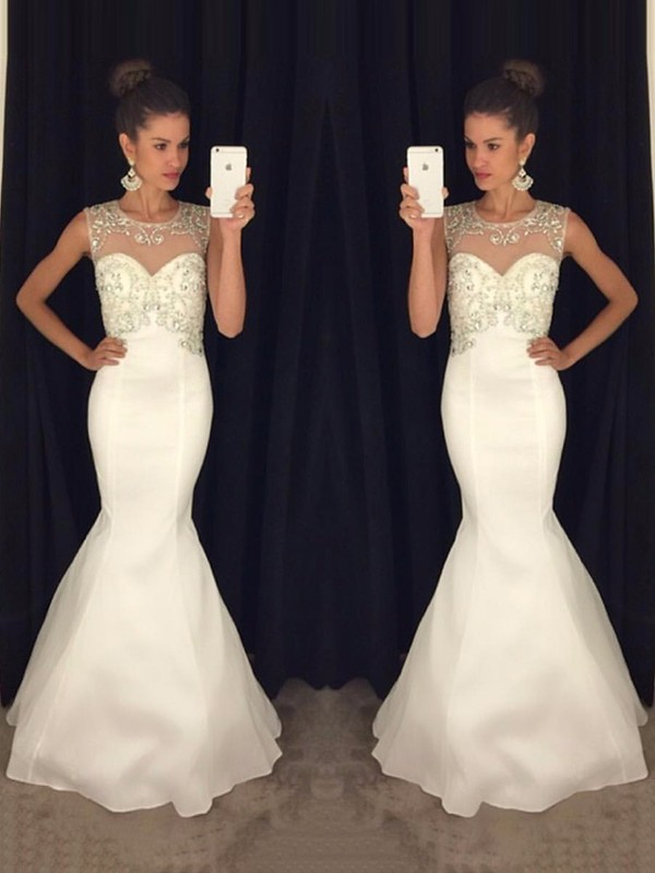 White Chiffon Scoop Trumpet/Mermaid Floor-Length Dresses