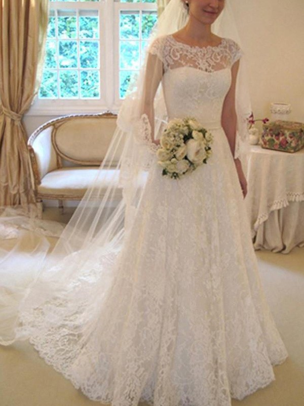 Ivory Lace Square A-Line/Princess Court Train Wedding Dresses