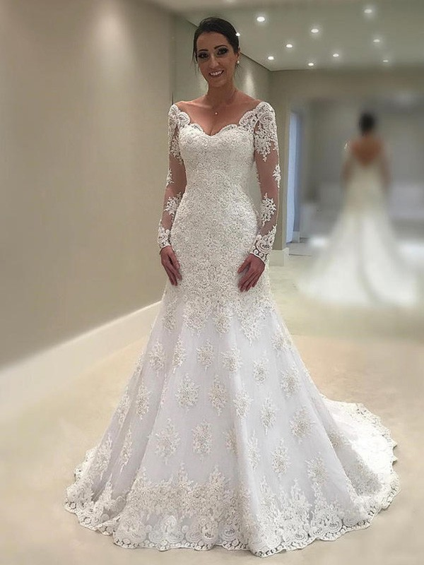 Ivory Lace V-neck Trumpet-Mermaid Court Train Wedding Dresses