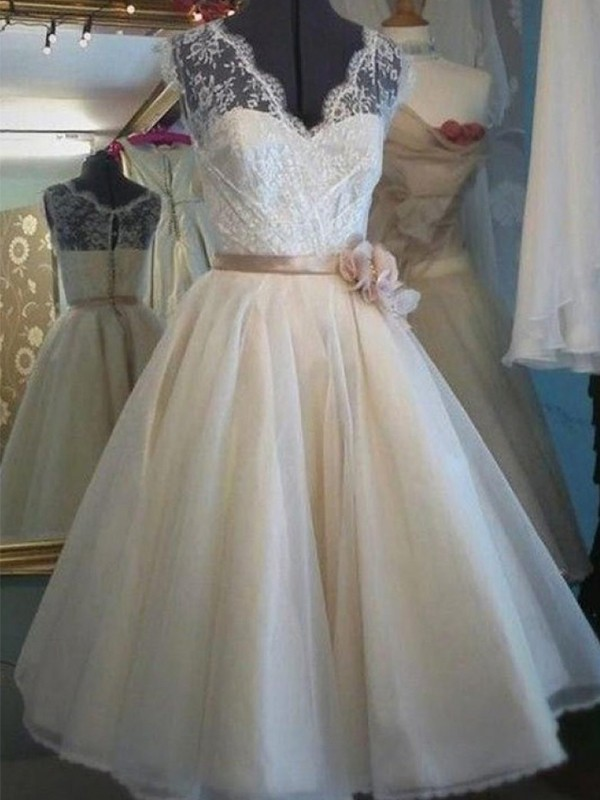 Ivory Tulle V-neck A-Line/Princess Knee-Length Wedding Dresses