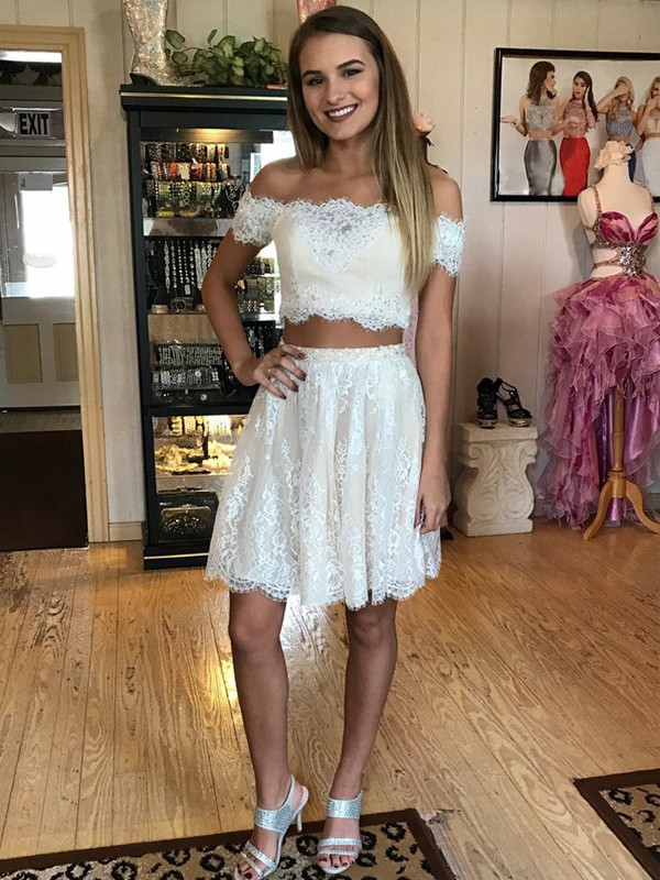 White Lace Off-the-Shoulder A-line/Princess Short/Mini Homecoming Dresses