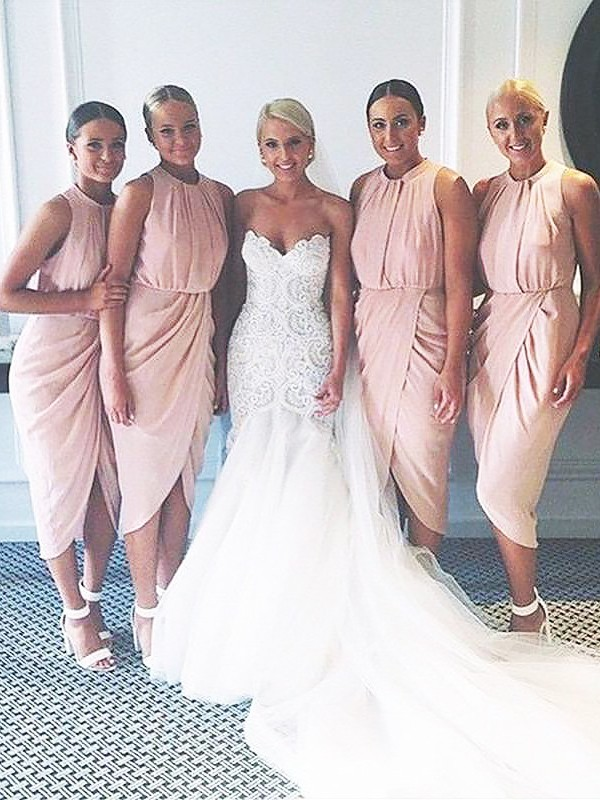 Pink Chiffon Scoop Sheath/Column Knee-Length Bridesmaid Dresses