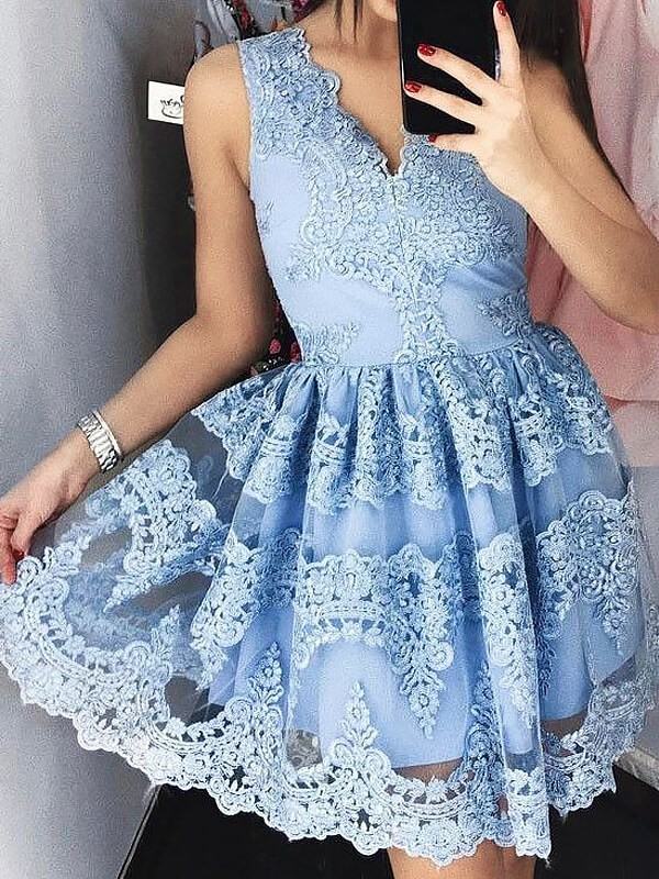 Blue Lace V-neck A-line/Princess Short/Mini Homecoming Dresses