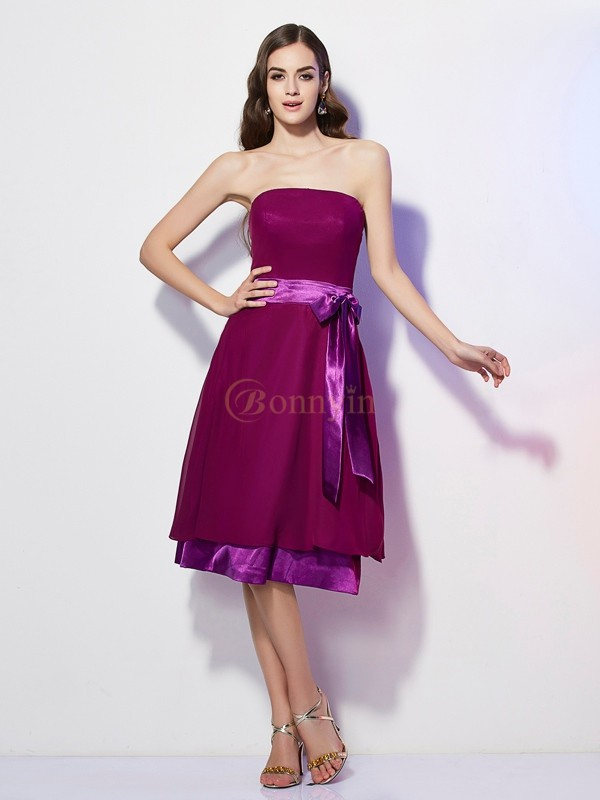 Burgundy Chiffon Strapless A-Line/Princess Knee-Length Bridesmaid Dresses