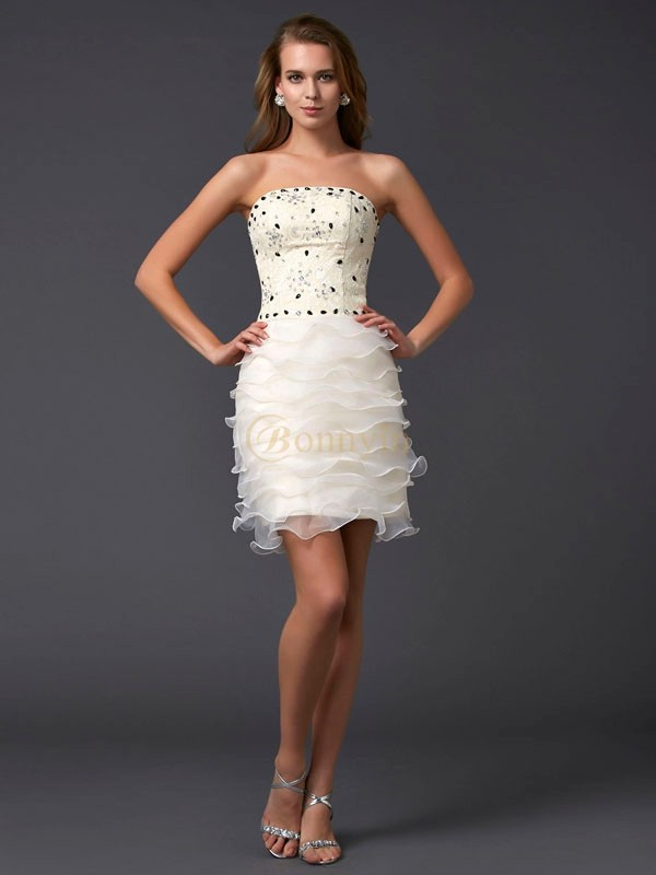 Champagne Tulle Strapless Sheath/Column Short/Mini Cocktail Dresses