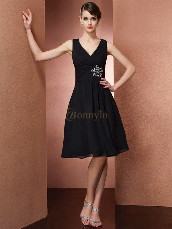 Black Chiffon Straps A-Line/Princess Knee-Length Bridesmaid Dresses