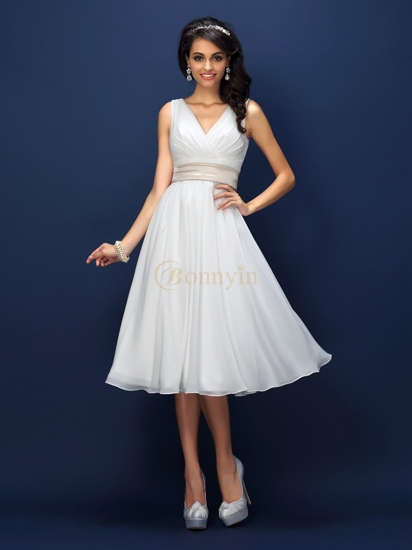 White Chiffon V-neck A-Line/Princess Knee-Length Bridesmaid Dresses