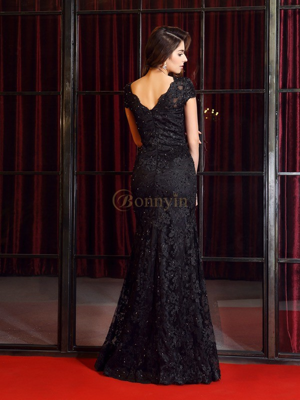 Black Lace V-neck Trumpet/Mermaid Floor-Length Dresses