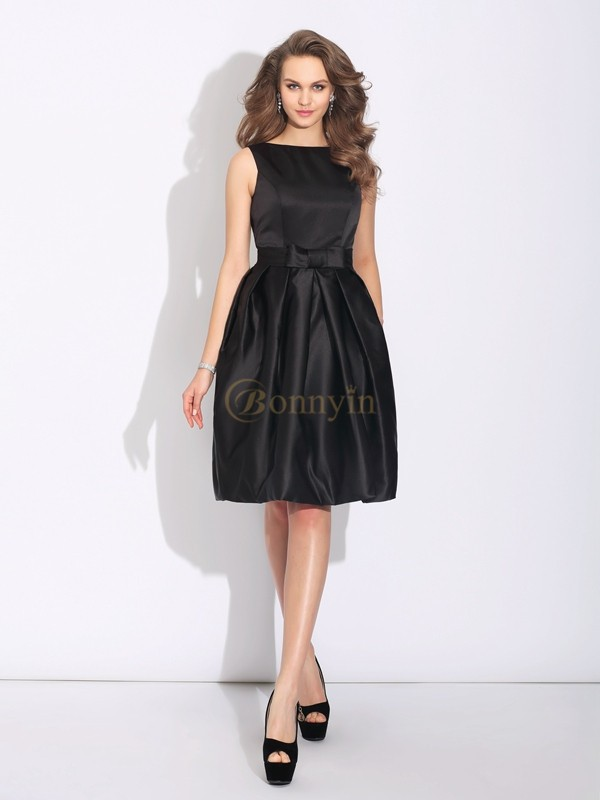 Black Satin Bateau A-Line/Princess Short/Mini Cocktail Dresses