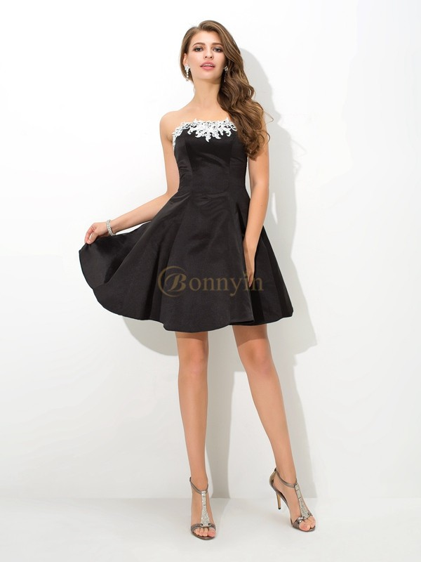 Black Satin Strapless A-Line/Princess Short/Mini Cocktail Dresses