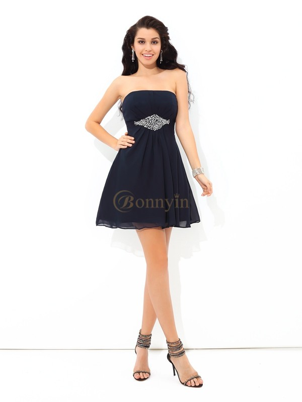 Black Chiffon Strapless A-Line/Princess Short/Mini Cocktail Dresses