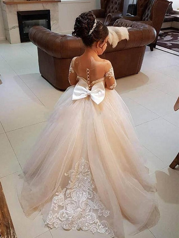 Ivory Tulle Off-the-Shoulder Ball Gown Sweep/Brush Train Flower Girl Dresses