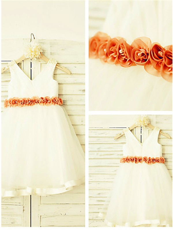 Ivory Tulle V-neck A-line/Princess Tea-Length Flower Girl Dresses