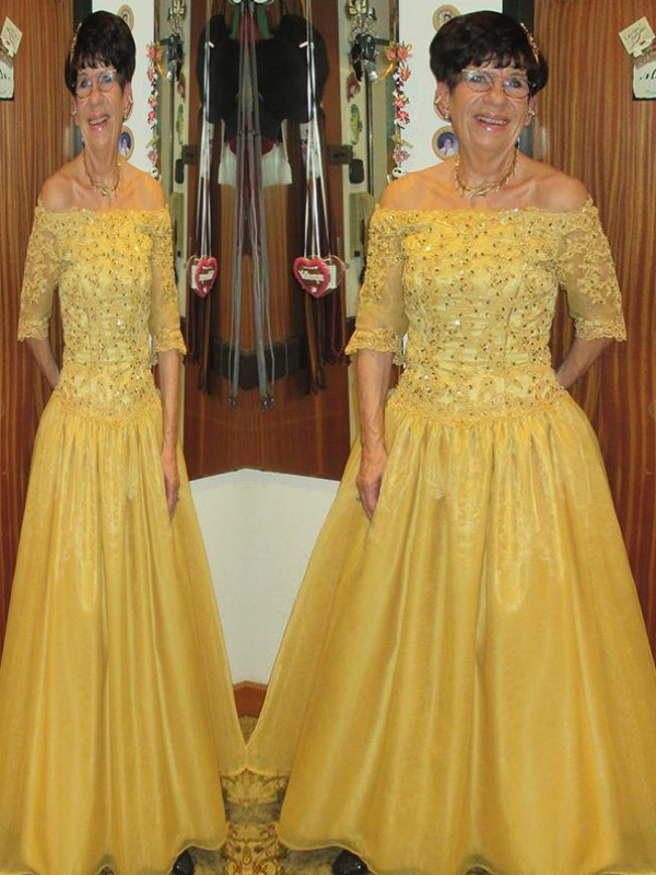 Yellow Tulle Off-the-Shoulder A-Line/Princess Floor-Length Mother of the Bride Dresses
