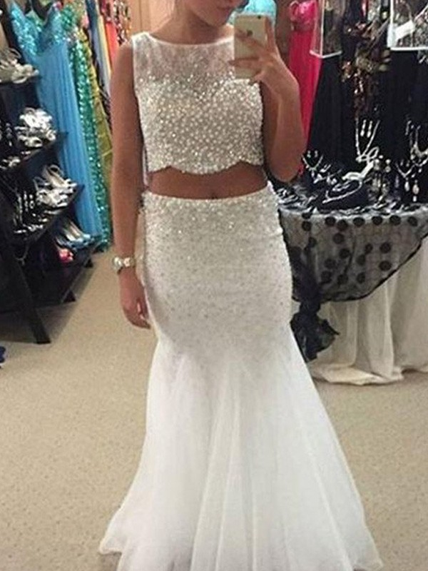 White Tulle Scoop Trumpet/Mermaid Floor-Length Prom Dresses