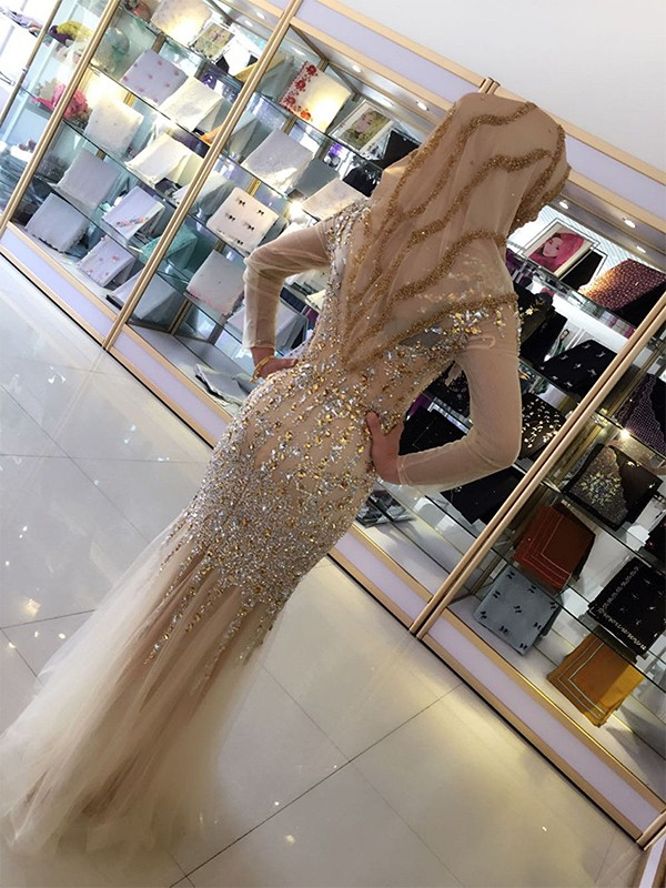 Champagne Tulle Scoop Sheath/Column Floor-Length Dresses