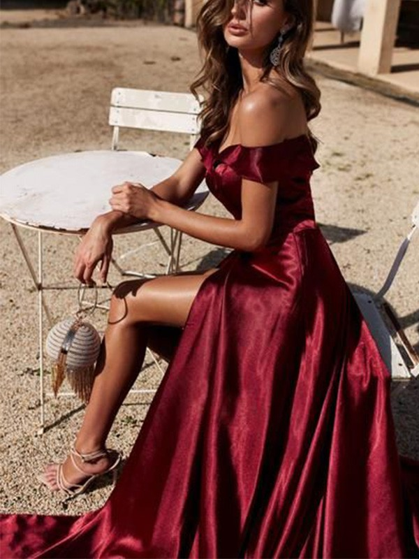 Burgundy Elastic Woven Satin Off-the-Shoulder A-Line/Princess Court Train Dresses