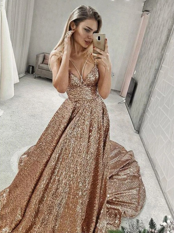 Champagne Sequins Spaghetti Straps A-Line/Princess Court Train Dresses