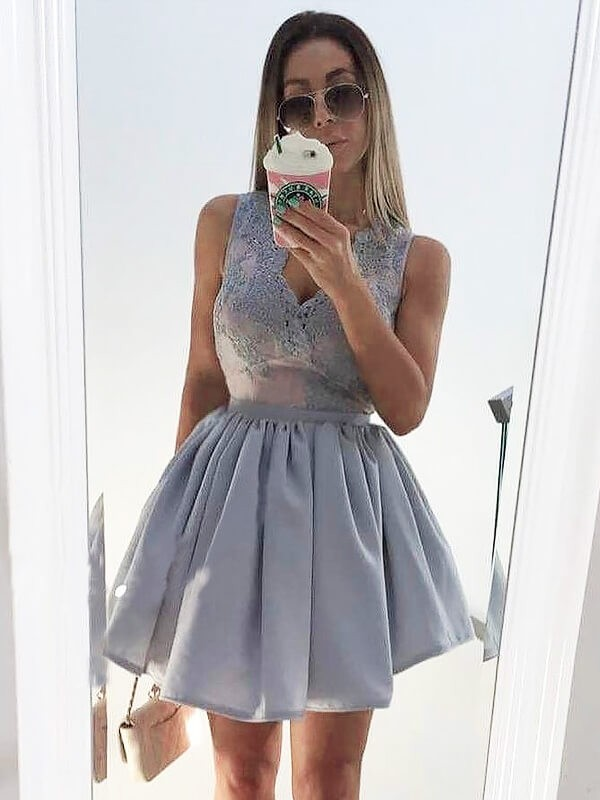 Lavender Satin V-neck A-line/Princess Short/Mini Homecoming Dresses